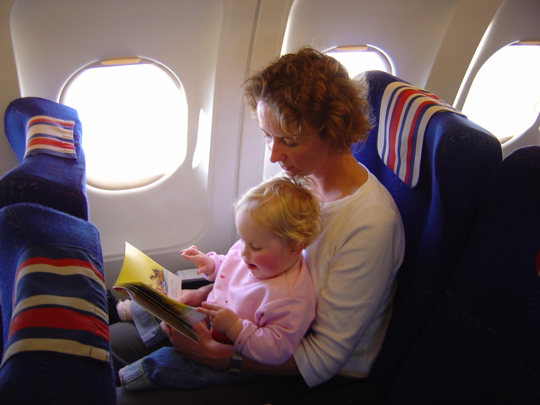 wat neem je mee in het vliegtuig